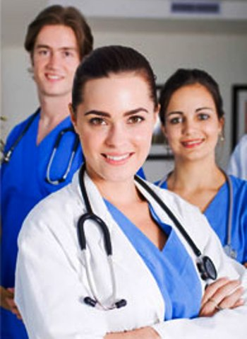 бесплатное фото с врачом